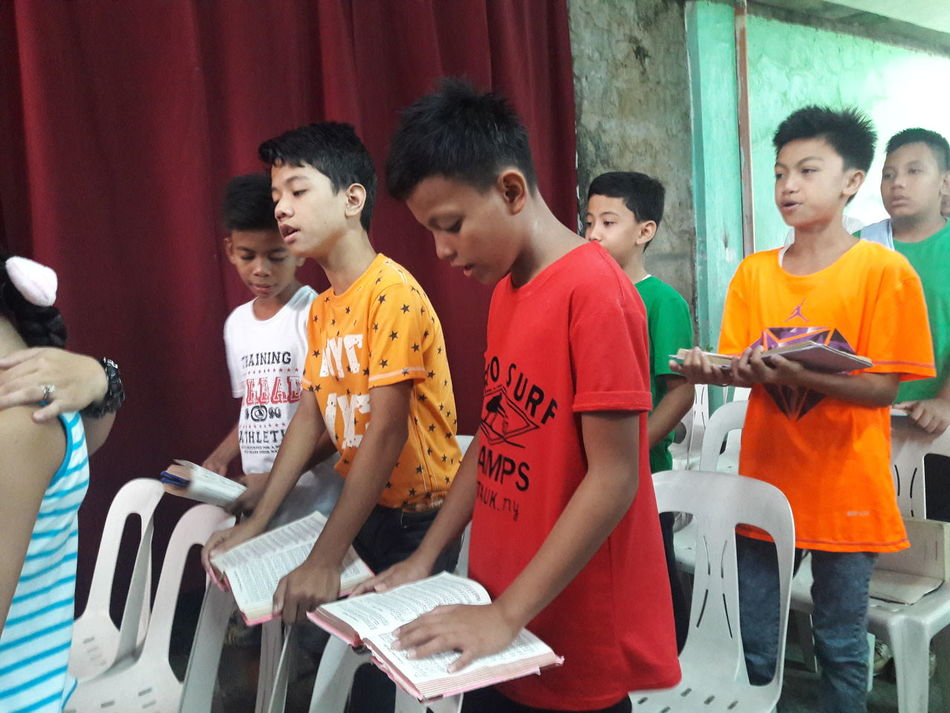Boys Singing Church Singing Hymns Hymnal Church Singing In Philippines People Together