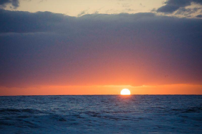 Cliche Sun Sunset Sunset_collection Chasinglight Rise Riseandshine Fall Ocean Salt South Sunrise