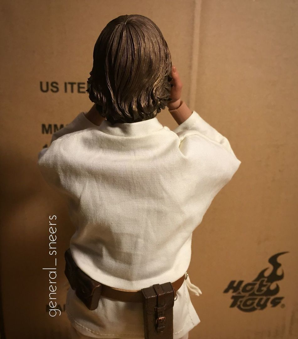 What could it be?! Hottoys Hottoysluke Hottoyscollector Adultingwithtoys Lukeskywalker Starwars Anewhope There IS still good in him. I've felt it.