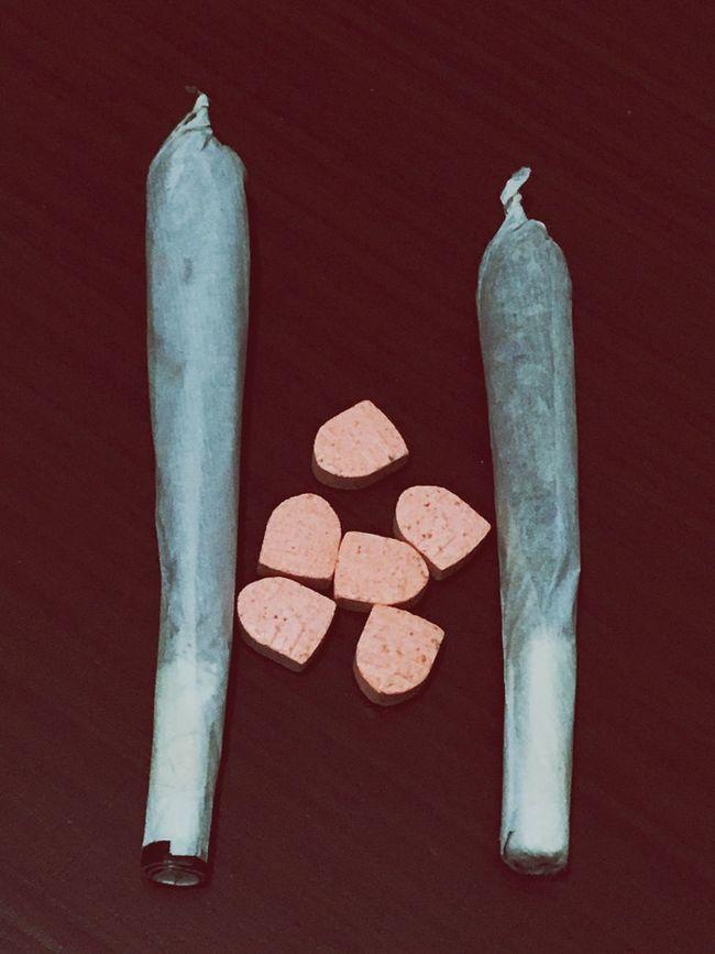 Smoke Weed Mariuana Marjuana Cuara Extacy Extasy Trap Bong Sakız Var Mı? EKstreme Esrarengizbahçem First Eyeem Photo