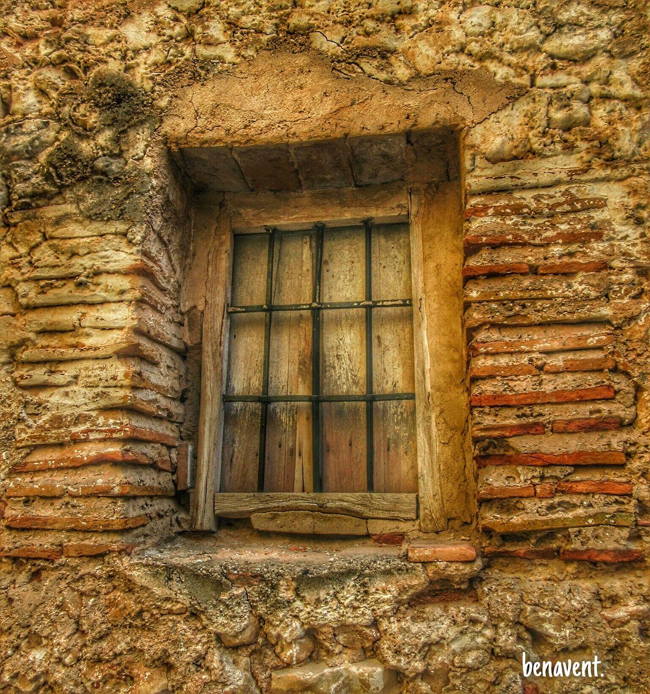 Finestra Callejeando Finestres Ventana Puertas Y Ventanas País De L'olivera Villalonga La Safor Window Ventanas
