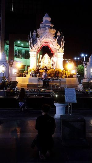 Thailand Bangkok Nighttime The Prayer