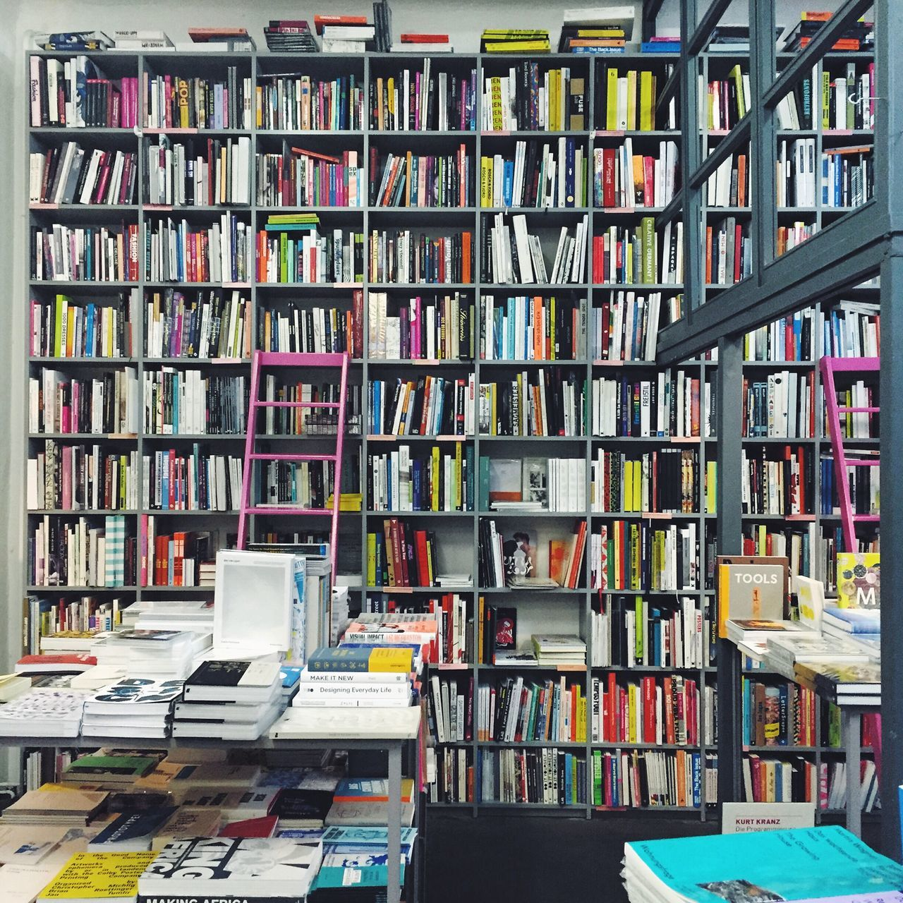 Books Book Store Shelf Book Collections Book Shelves Book Shop Library Mini Library Interior Design Interior
