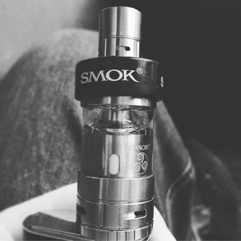 Smok TFV4 tank, an absolute beauty! Cloud Life - EyeEm - 웹