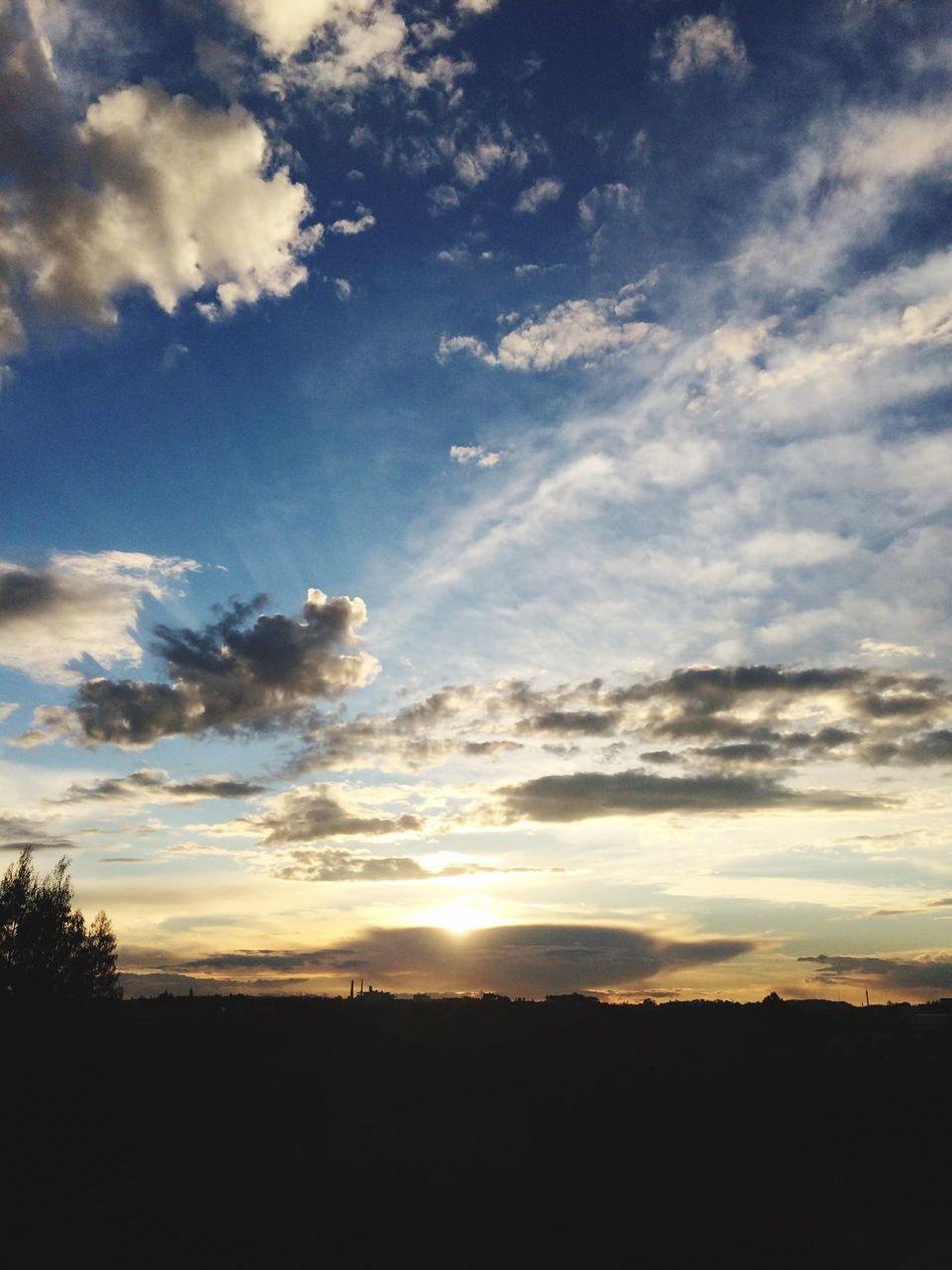 Sunset Sunset Sunset #sun #clouds #skylovers #sky #nature #beautifulinnature #naturalbeauty #photography #landscape Sunset_collection Sun Sky Skyline Skylovers Clouds Truelife Truestory Truelove