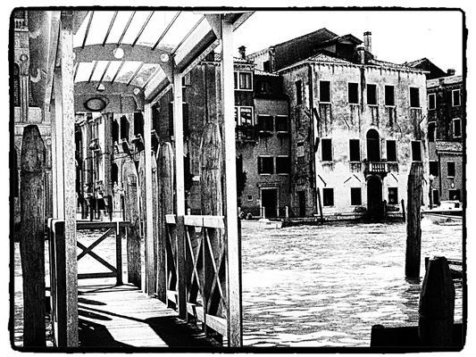 blackandwhite at venice by Poti