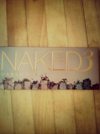 I couldn't resisted -_- ... But I am so happy XD! Girls, you can understand me (I hope plz). Make Up Fashion