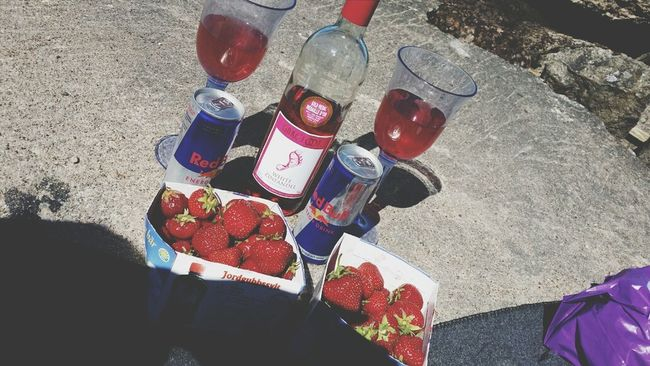 with a friend ? Wine
