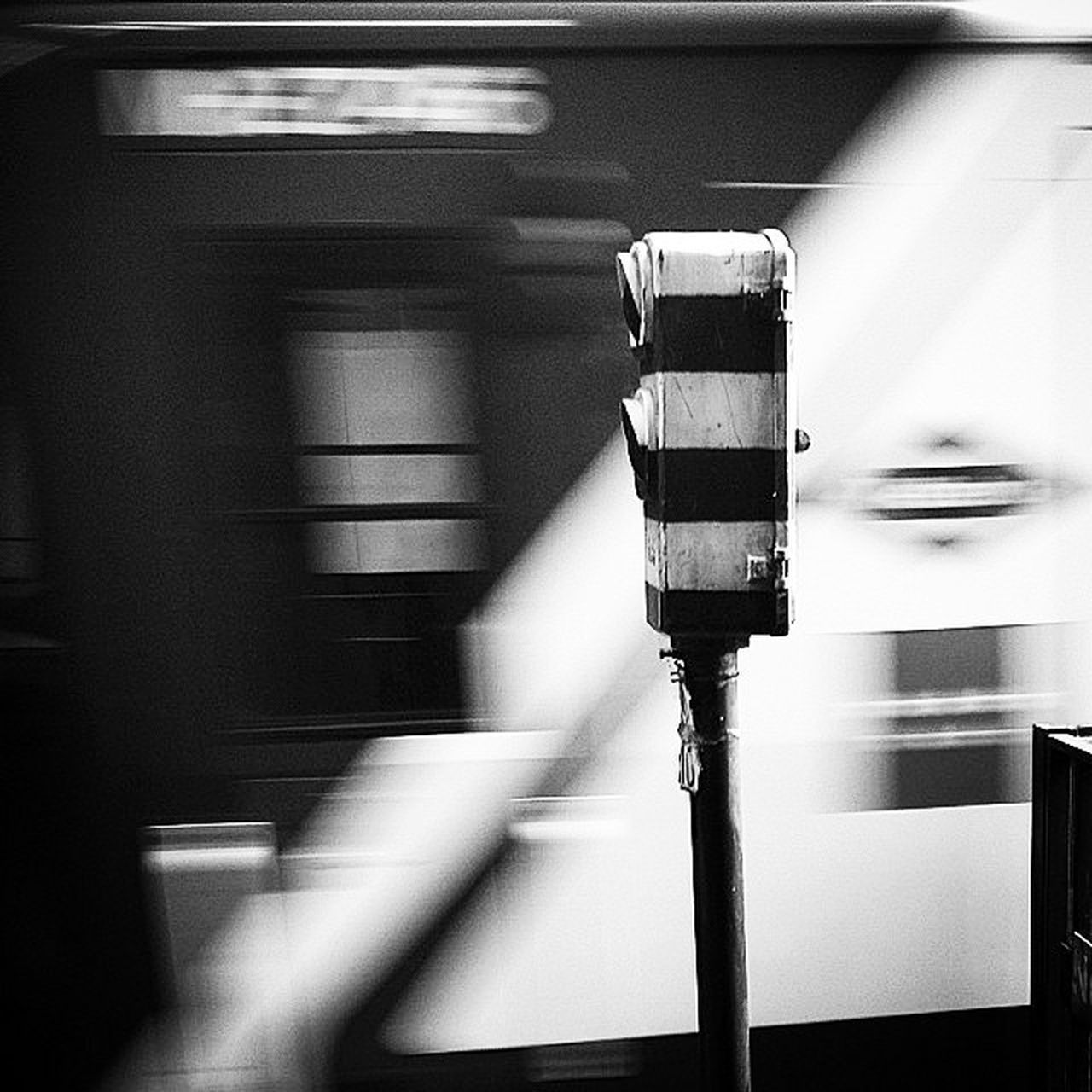 blurred motion, motion, speed, transportation, train - vehicle, indoors, mode of transport, one person, real people, day, technology, people