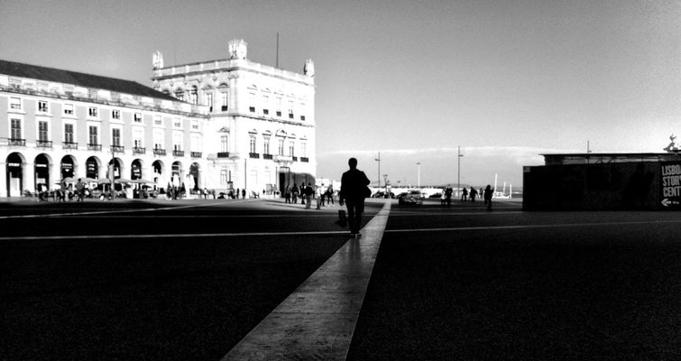 blackandwhite at Terreiro do Paço by Henrique Santos