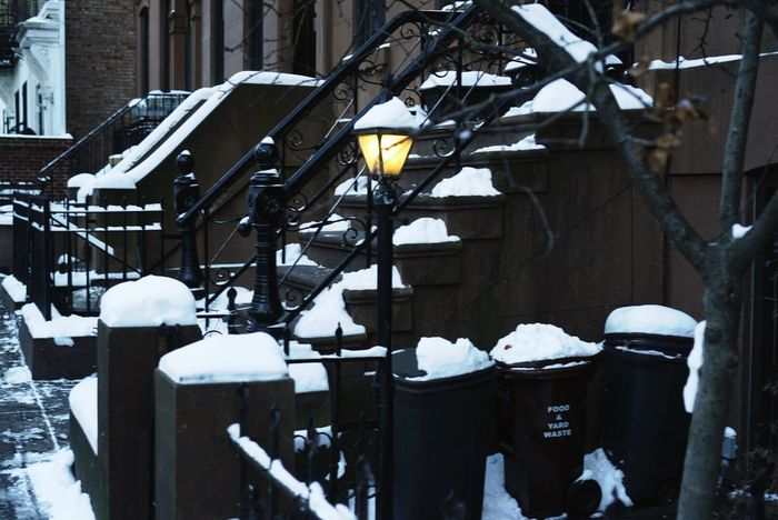 Winter Cold Temperature Snow Building Exterior No People Outdoors Built Structure Day Architecture Street Brooklyn Snow ❄ Light Winter Snow Day