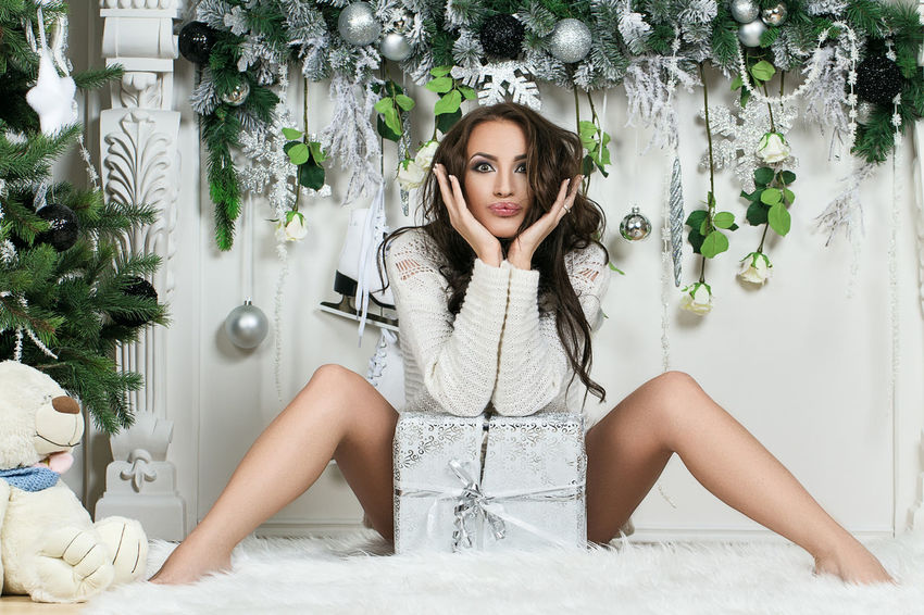 Beautiful Christmas Fashion Green Happiness Holiday Love Nature New Year Teddy Tree Beautiful Woman Beauty Brunette Fir-tree Gift Girl Hotgirl Inspiration Mary Christmas Model Sexygirl Smile Teddy Bear White