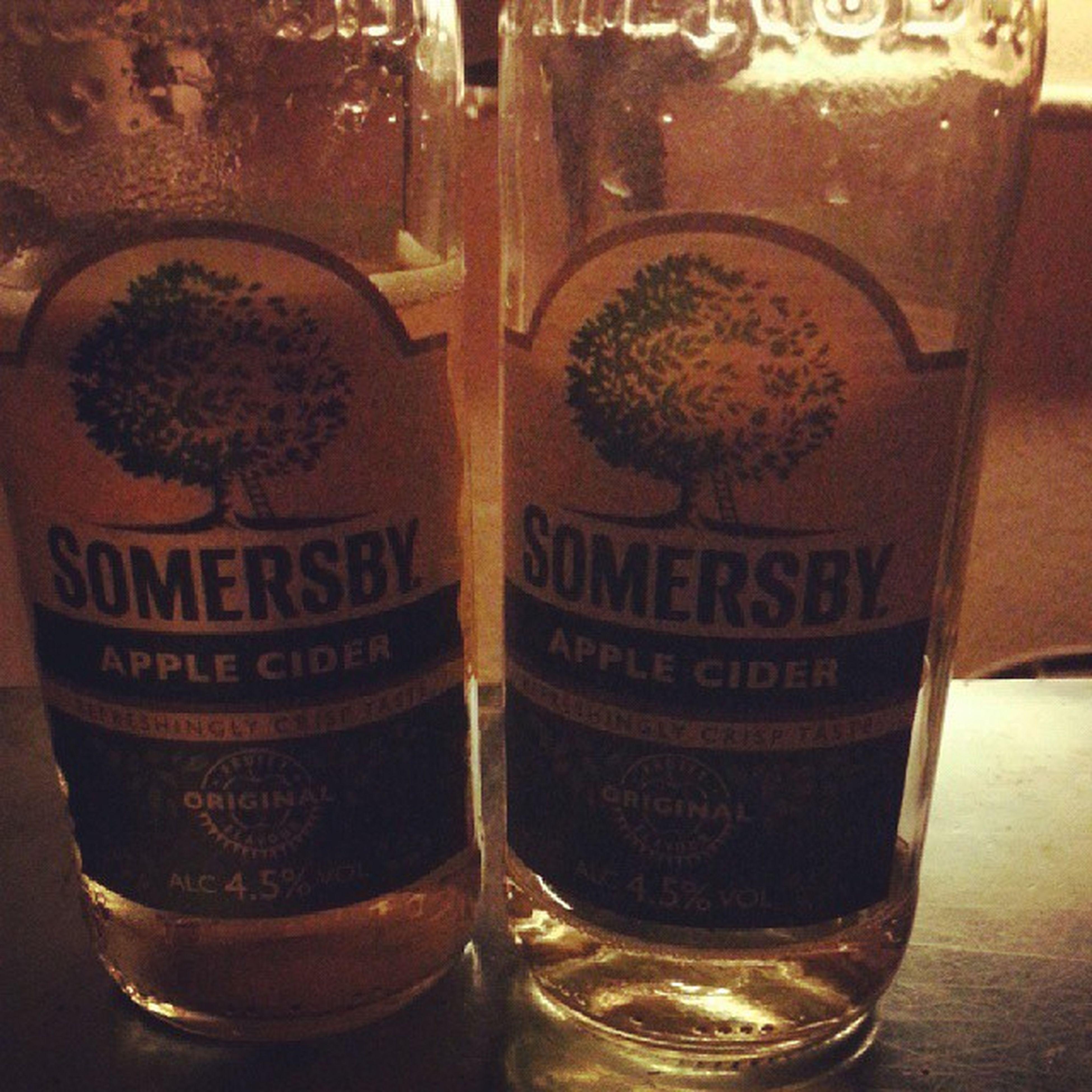 Best drink ever for fullfill boring flyday.. Cheersss !! Somersbay Apple Cider Beer sweeden happy hour