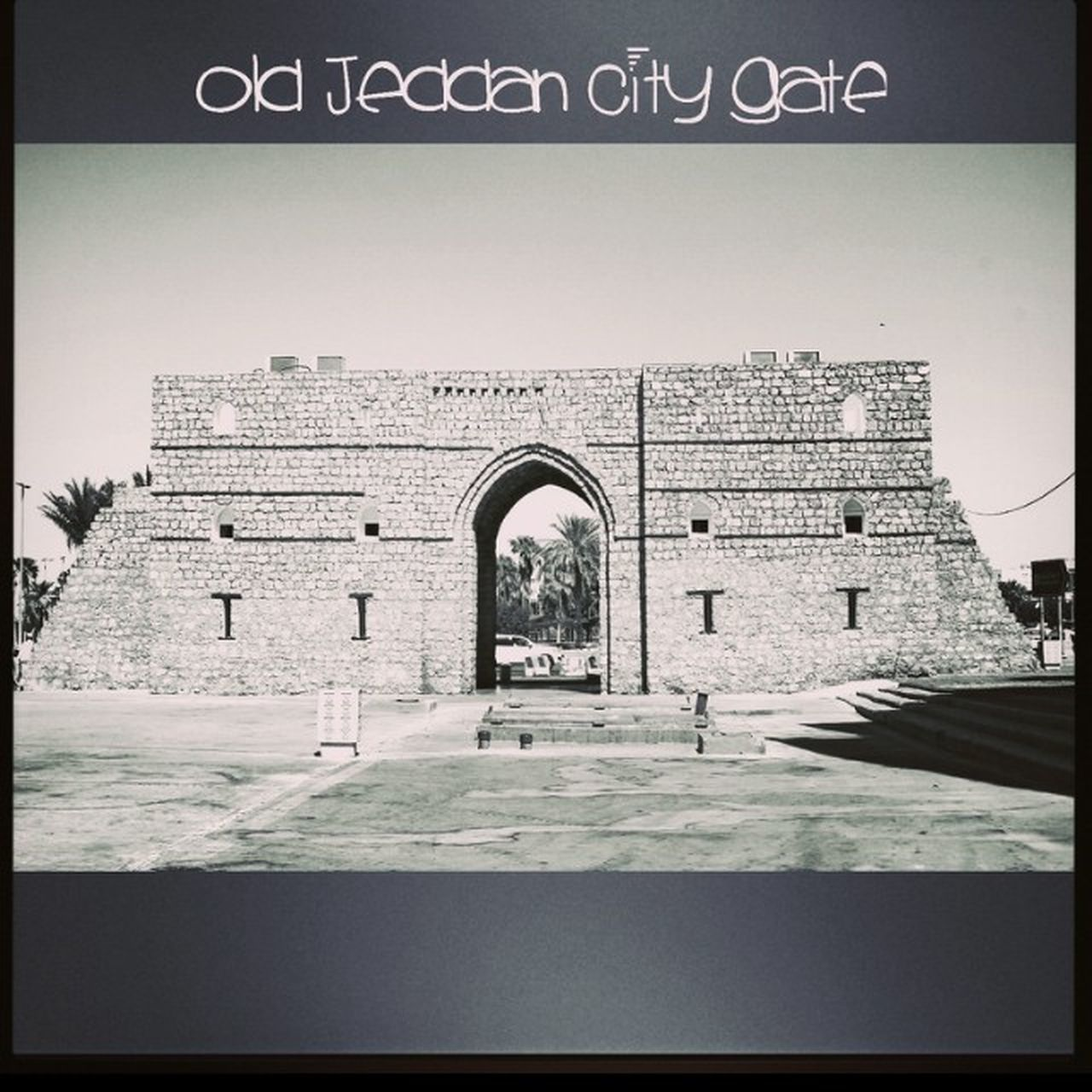 Old Jeddah City entrance in Al-Balad Old Albalad Revisitingthehistory Vintagestyle picturesque canon canon1100d photographer jeddah ksa