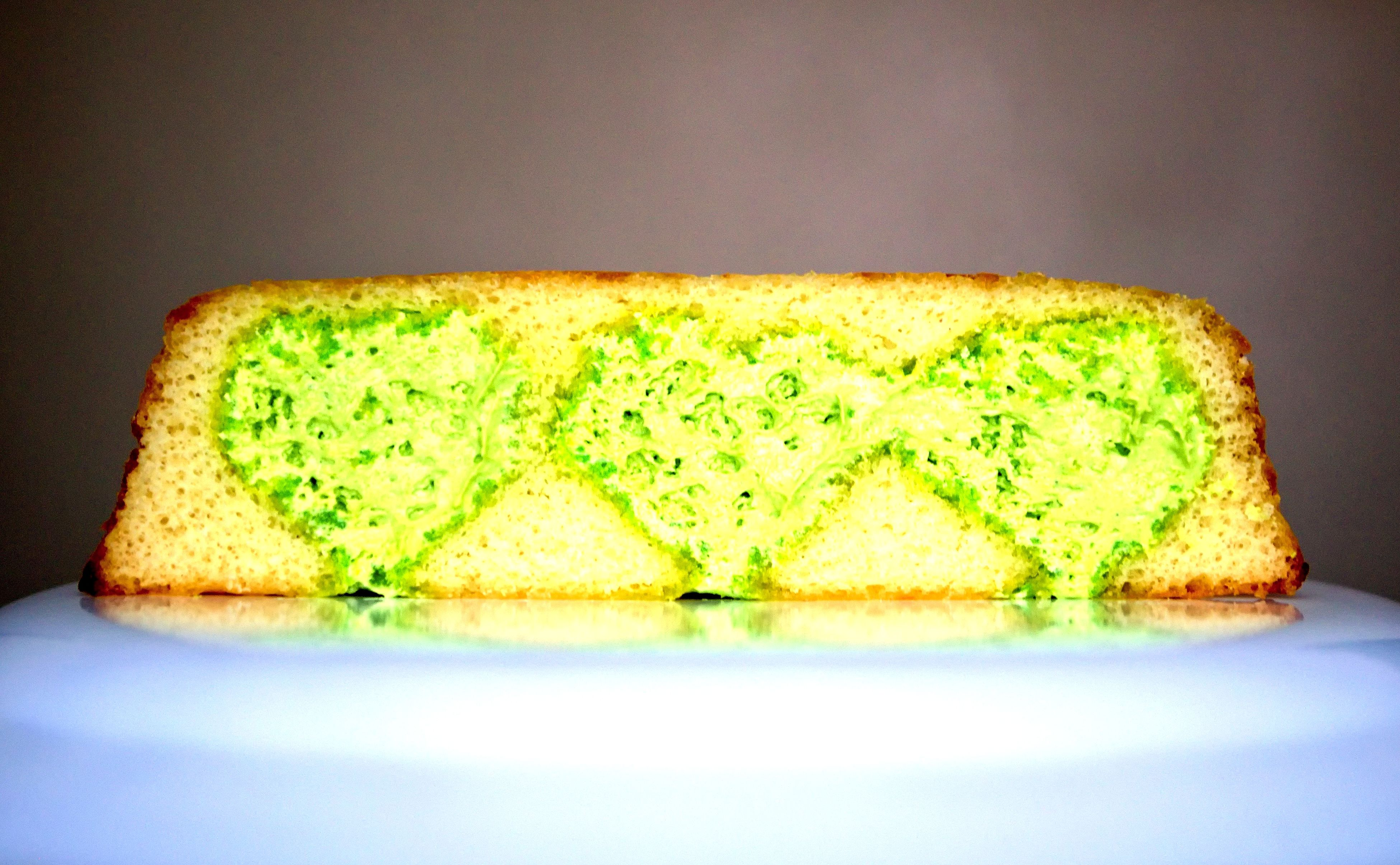 still life, food, close-up, green color, indulgence, no people, ready-to-eat, selective focus, focus on foreground, green