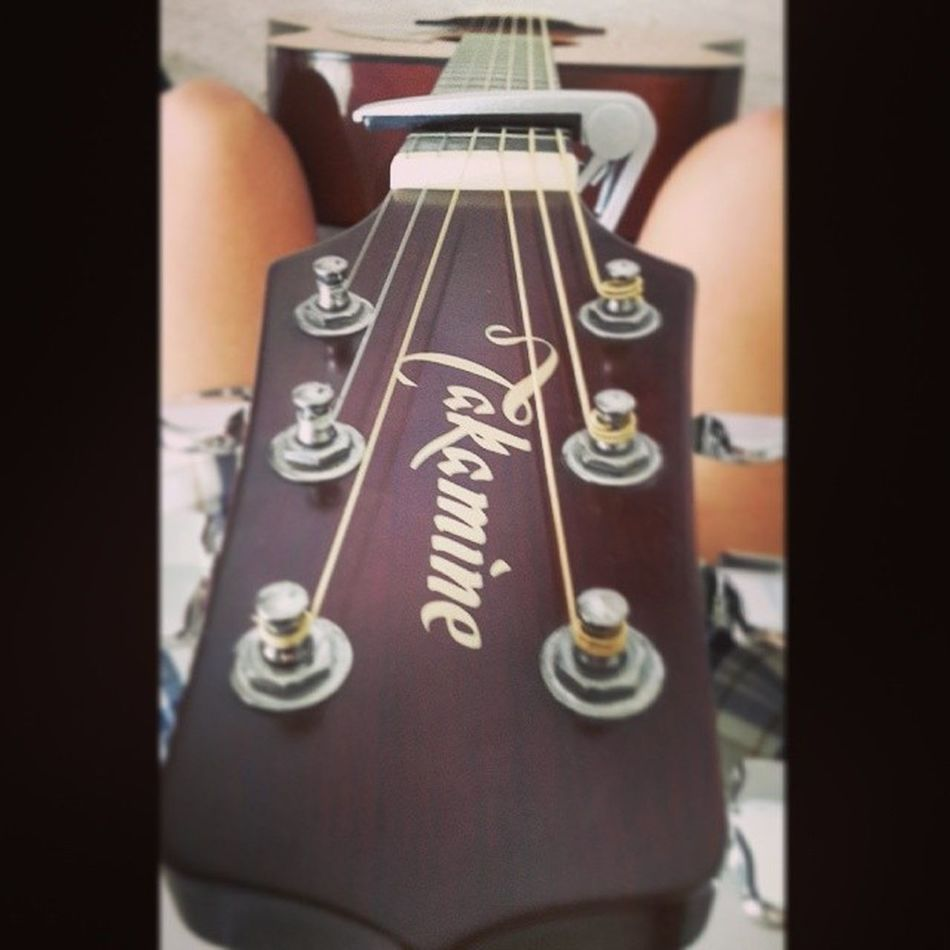 New strings and capo :3 Guitar Gypsie Indiekids Summer happiness goodvibes kickback goodtunes acoustic