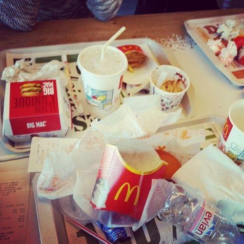 Macdo  Burger Pastille Foire vomir...