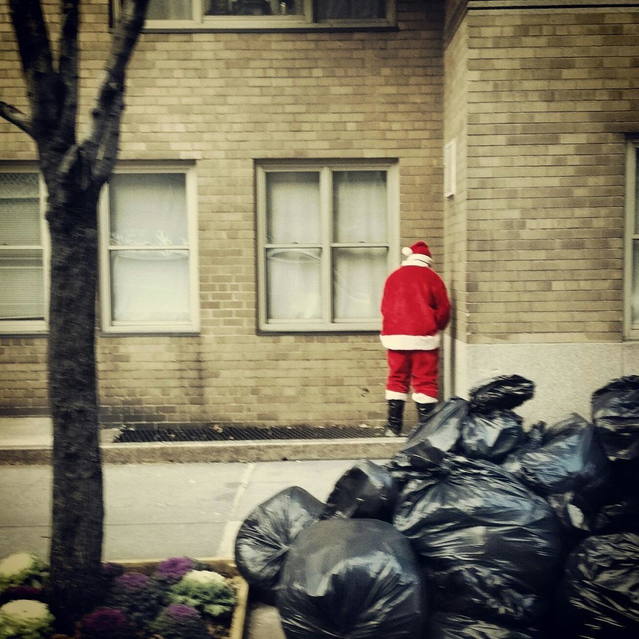 First Eyeem Photo Santa Claus Christmas Santacon NYC MerryChristmas Merry Xmas! EyeEm Best Shots New York City Manhattan NYC Photography NYC NYC LIFE ♥ Naughty Garbage Landscapes With WhiteWall The Culture Of The Holidays 12daysofeyeem 12 Days Of Eyeem: These Are My Friends