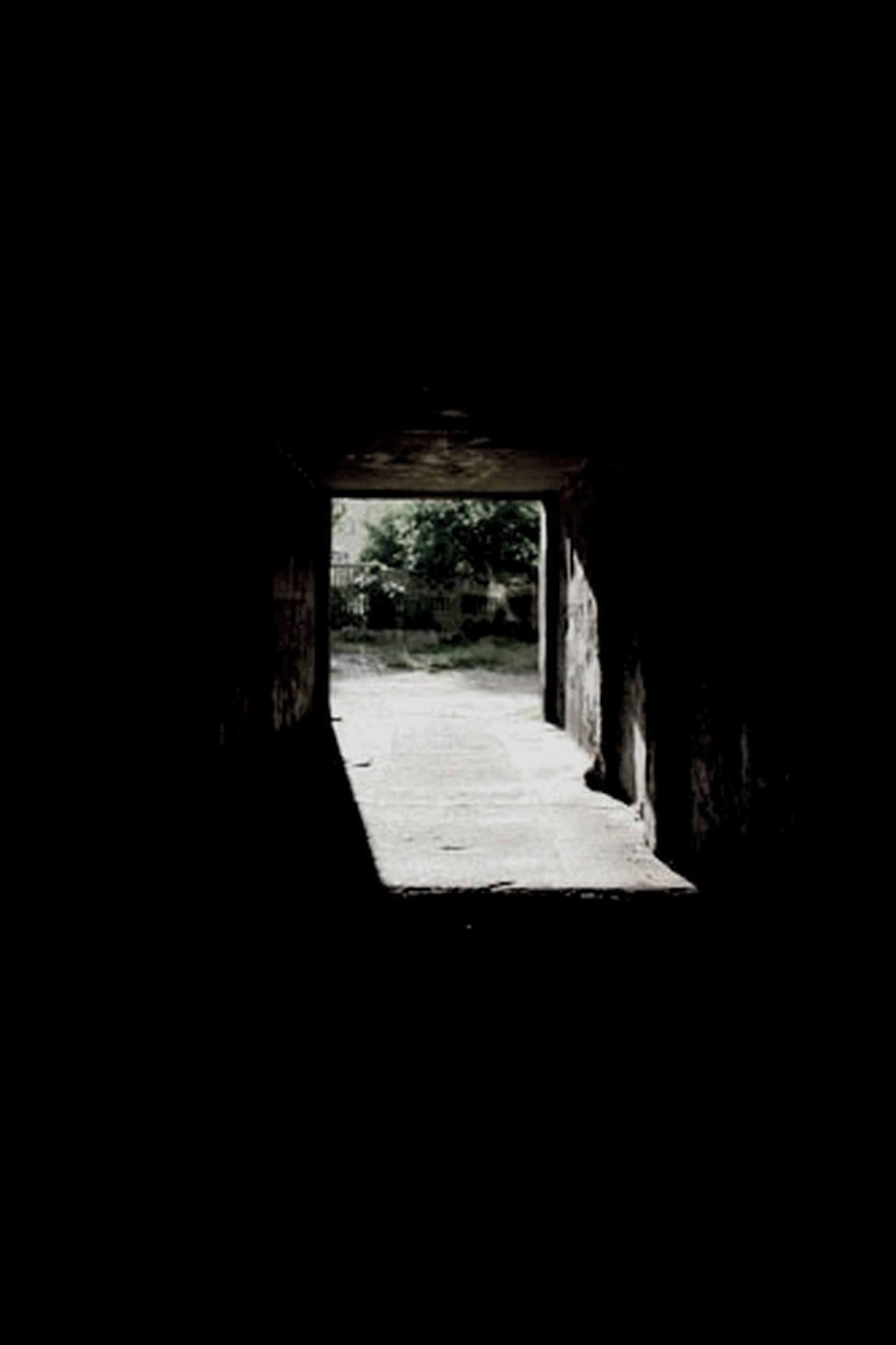 architecture, built structure, indoors, arch, the way forward, tunnel, dark, archway, wall - building feature, sunlight, copy space, corridor, building, wall, day, entrance, no people, old, diminishing perspective, shadow