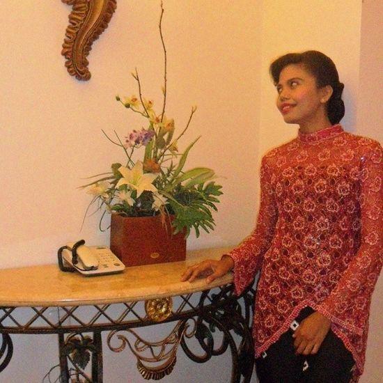 Me Indonesianwomen Kebaya Saroong Kebayainspiration Inspirasikebaya_id