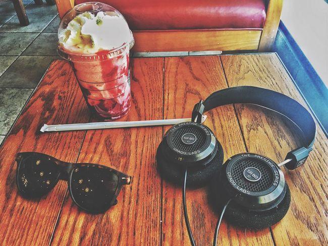 Grado Neff Starbucks SundayLazeDay