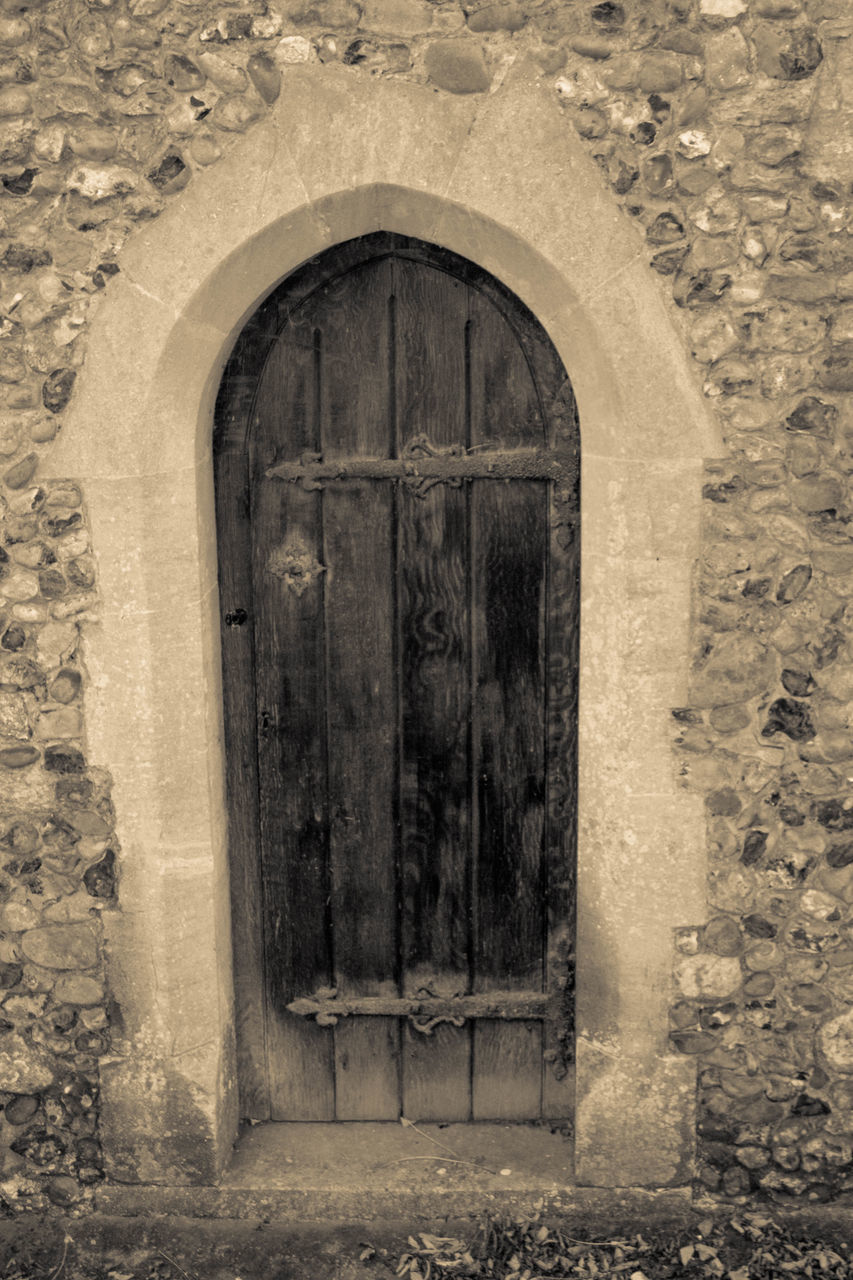 door, architecture, entrance, closed, built structure, arch, doorway, day, old-fashioned, no people, building exterior, outdoors, close-up