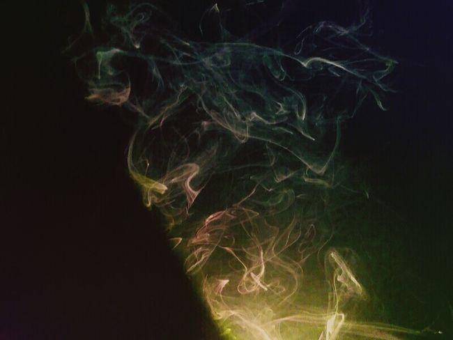 Smoke Smoketricks Clouds Oddities Illuminated Abstract Glowing Motion Photography Strange Clouds Monsters Contour Smoke Tricks Smoke♥ Close-up Dreamlike Green Color Black Background Multi Colored Smoked