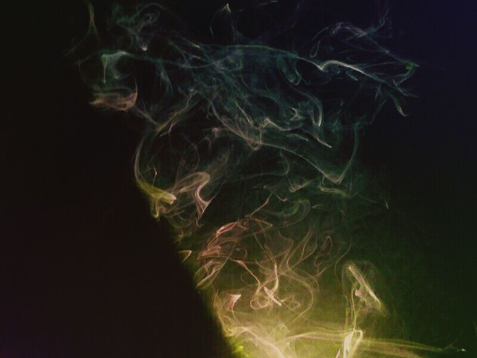 Smoke Smoketricks Clouds Oddities Illuminated Abstract Glowing Motion Photography Strange Clouds Monsters Contour Smoke Tricks Smoke♥ Close-up Dreamlike Green Color Black Background Multi Colored Smoked
