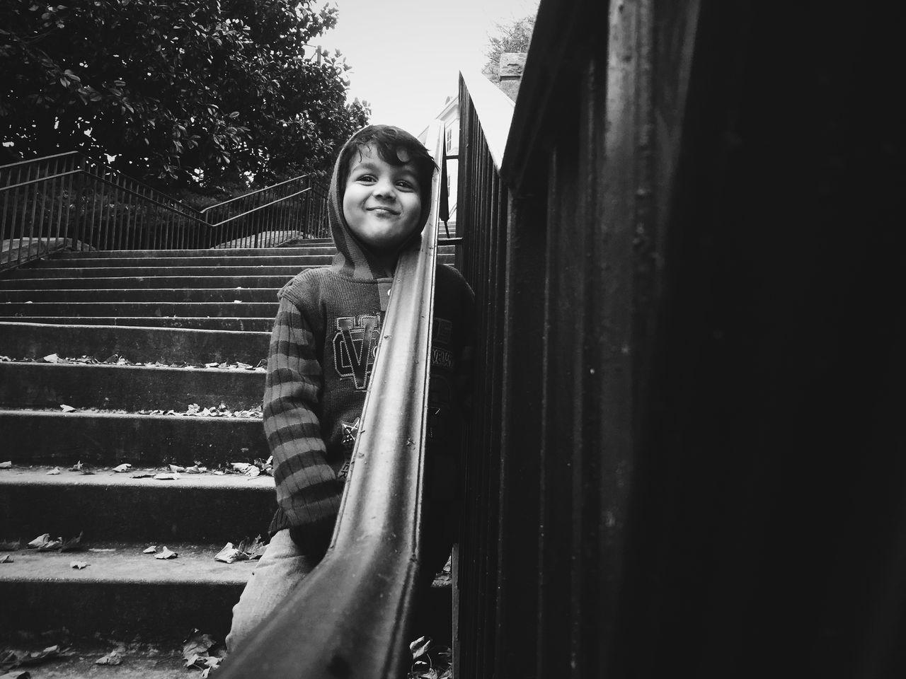 Beautiful stock photos of lächeln, 2-3 Years, Autumn, Boys, Casual Clothing