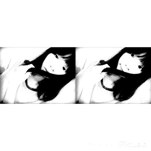 Cười lênn để che lấp nỗi đauu 😉