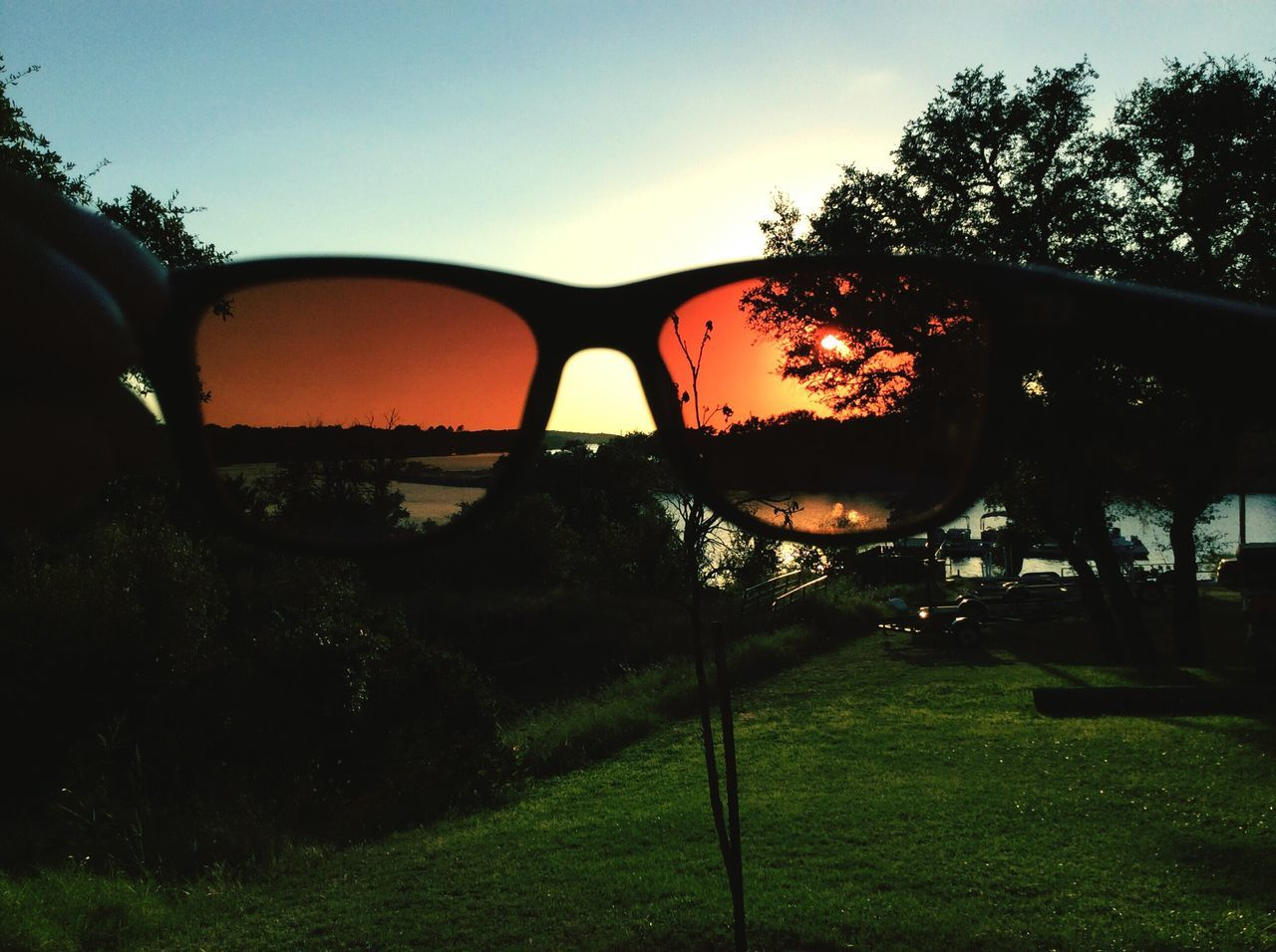 New Perspective Tenslife Sunset Tree Car Sky Silhouette Outdoors Nature Grass Land Vehicle No People Close-up Side-view Mirror Golf Course Day Sunglasses Reflection Tenslife