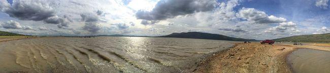 Hello World Beautiful Day Enjoying The Sun Lake View Thailand นครราชสีมา