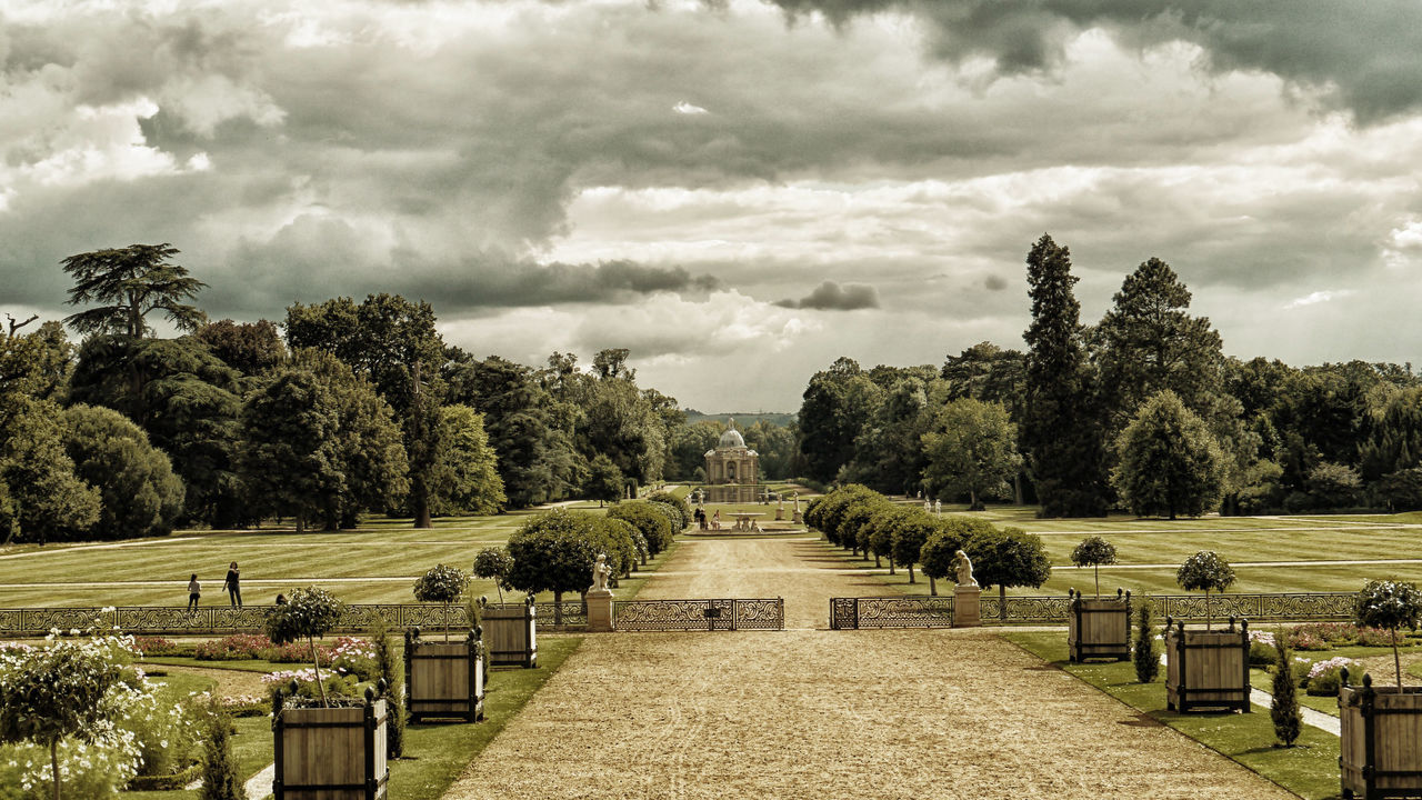 Built Structure Cloud - Sky Dramatic Dramatic Sky Landscape Park - Man Made Space Scenics Sky The Way Forward Wrest Park