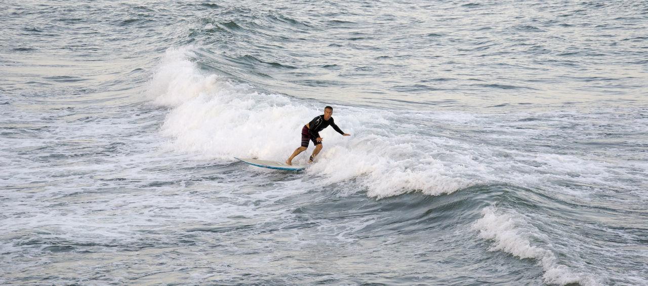 https://open.spotify.com/track/528titQXcTxq6wb3hYqjxo Day Motion Napatu One Person Only Men Sea Sport Surfista Water