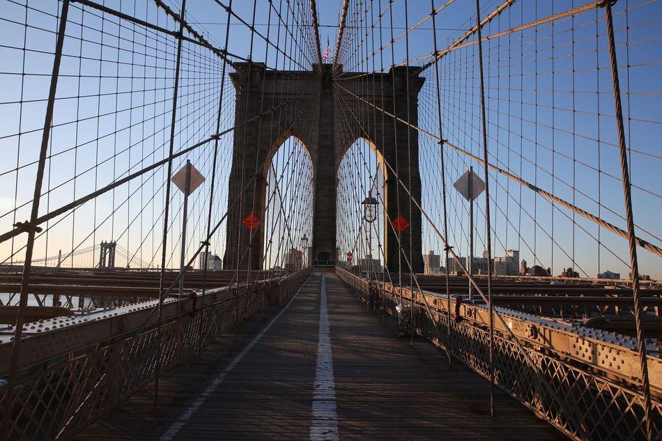 Brooklyn Bridge / New York Morning Run Architecture Bridge Manhattan Brooklyn USA The Architect - 2016 EyeEm Awards