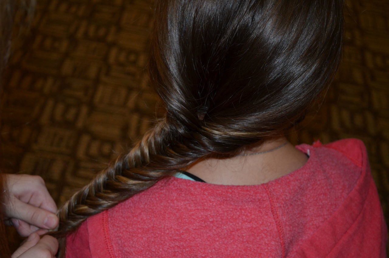 Braid Braiding Close-up Fishtail Braid Hairstyle Hairstyles Hands Human Hair Human Hands Indoors  One Person Plait Real People Rear View