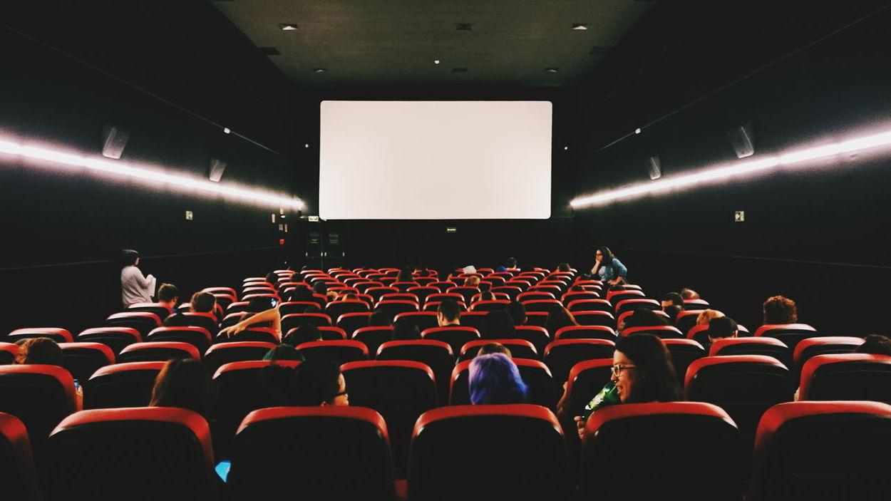 Movie night Light And Shadow Cinema Cinematography Cinematographer Vscocam VSCO EyeEm Best Shots Hanging Out Taking Photos Enjoying Life Movie Time Movie Night