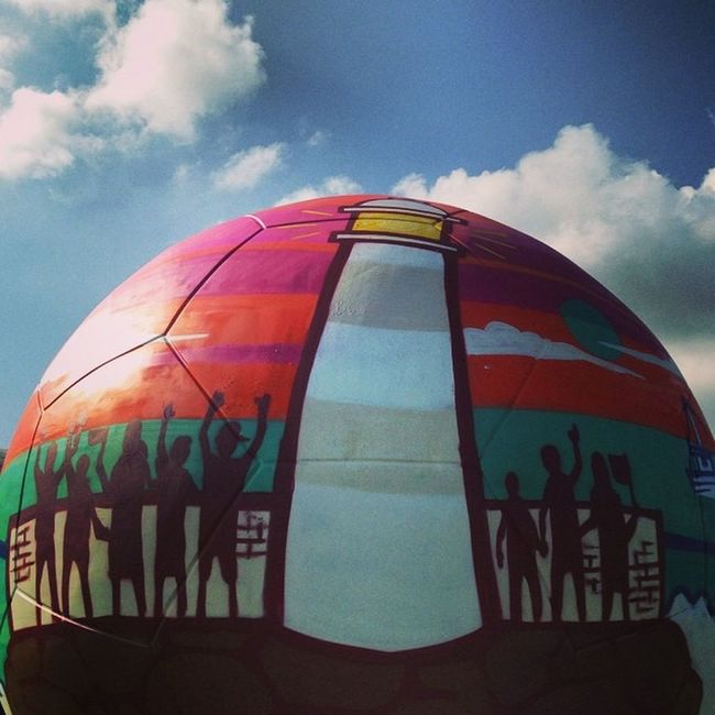 This is one of the ten giant balls live painted at EnergiaPraTorcer . This one is from my friend @brfbc 🎨🎨🎨💖 Lovedit Igersrio