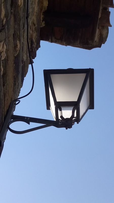 Blue Day Lampe Low Angle View No People Outdoors Patones De Arriba Sky