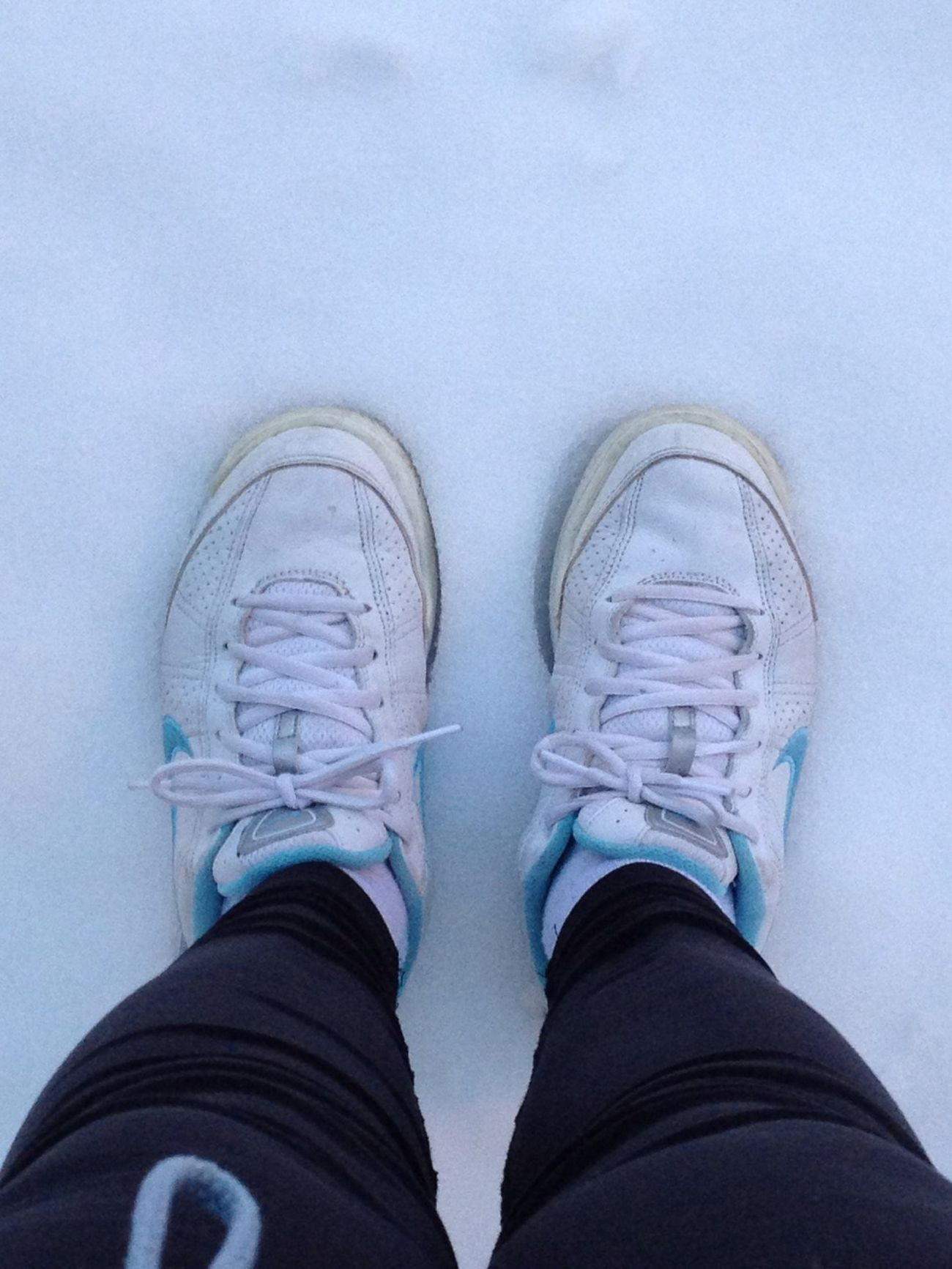 Running and snow.... good morning!