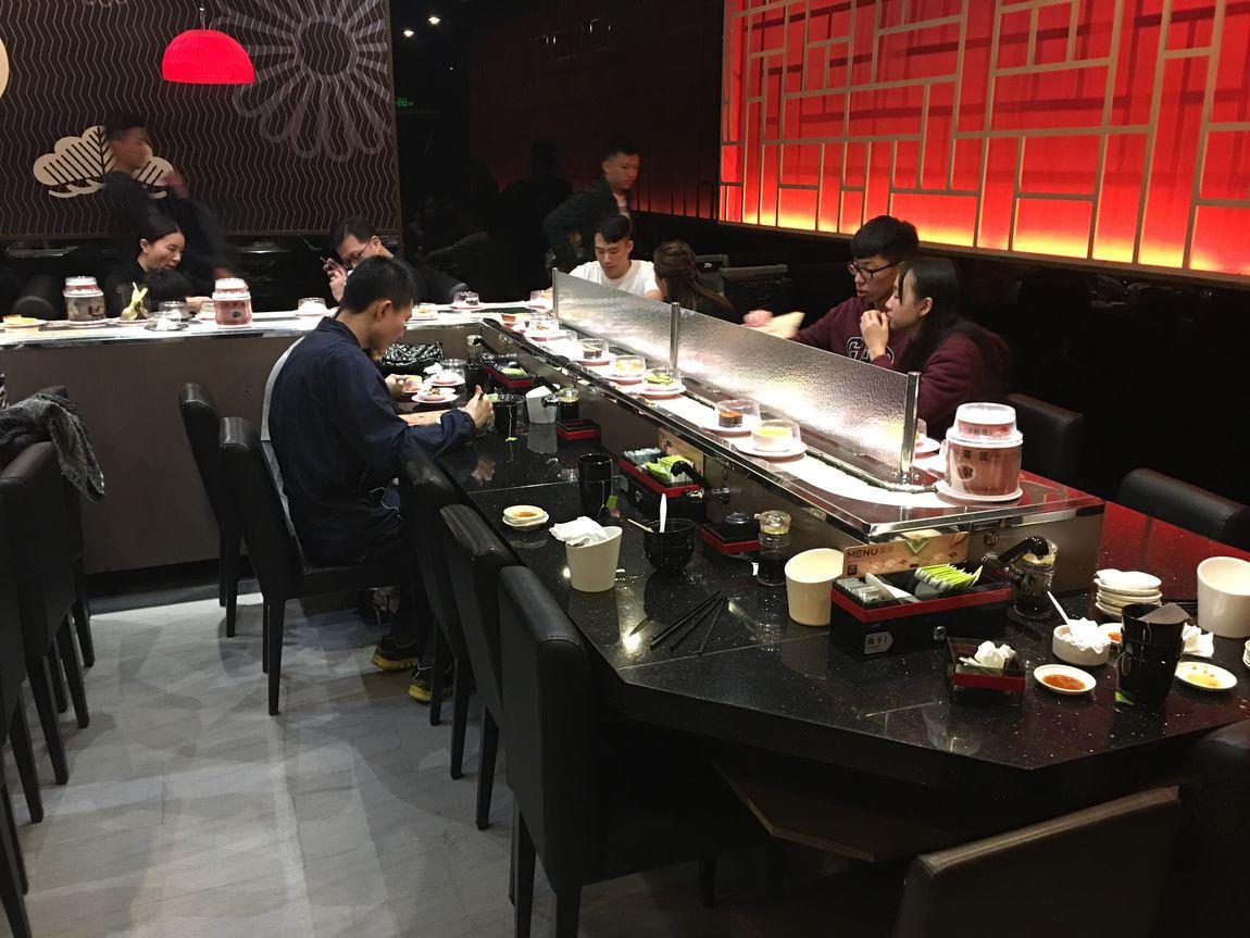 Sushi Bar Sushilove Sushi Restaurant Sushi! Sushi China Food Chinese Food Chinese China Chinese Kitchen Sushiexpress Chinakitchen EyeEm EyeEm Best Shots EyeEm Gallery Eyeemphotography Eyeem Market Eyeem Photography Beauty Of China Shenzhen China Photos