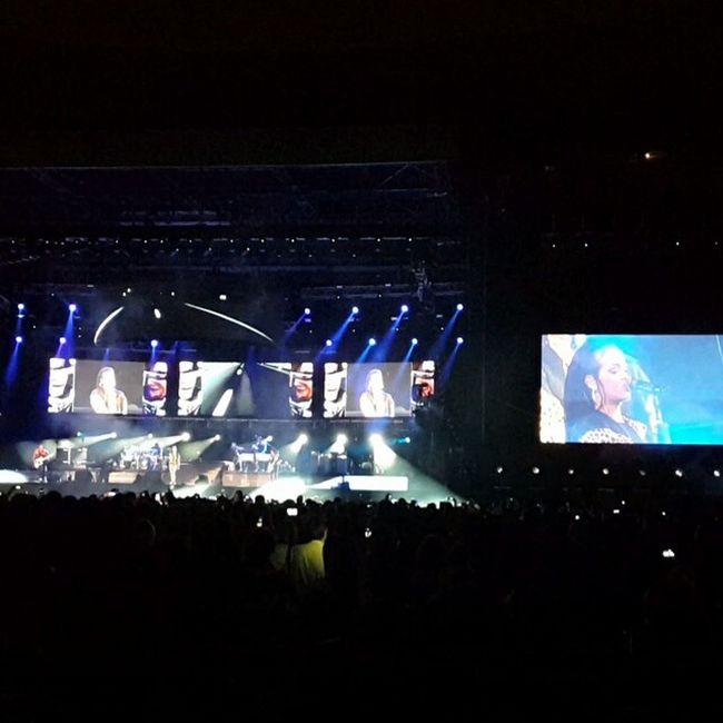 Rihanna Diamonds World Tour 2013 Rihanna Concert