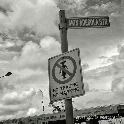 Don't know why but it caught my eyes. Random Reycortez Ofureighalo InstaLagos lookslikelagos Lagos HTC 1