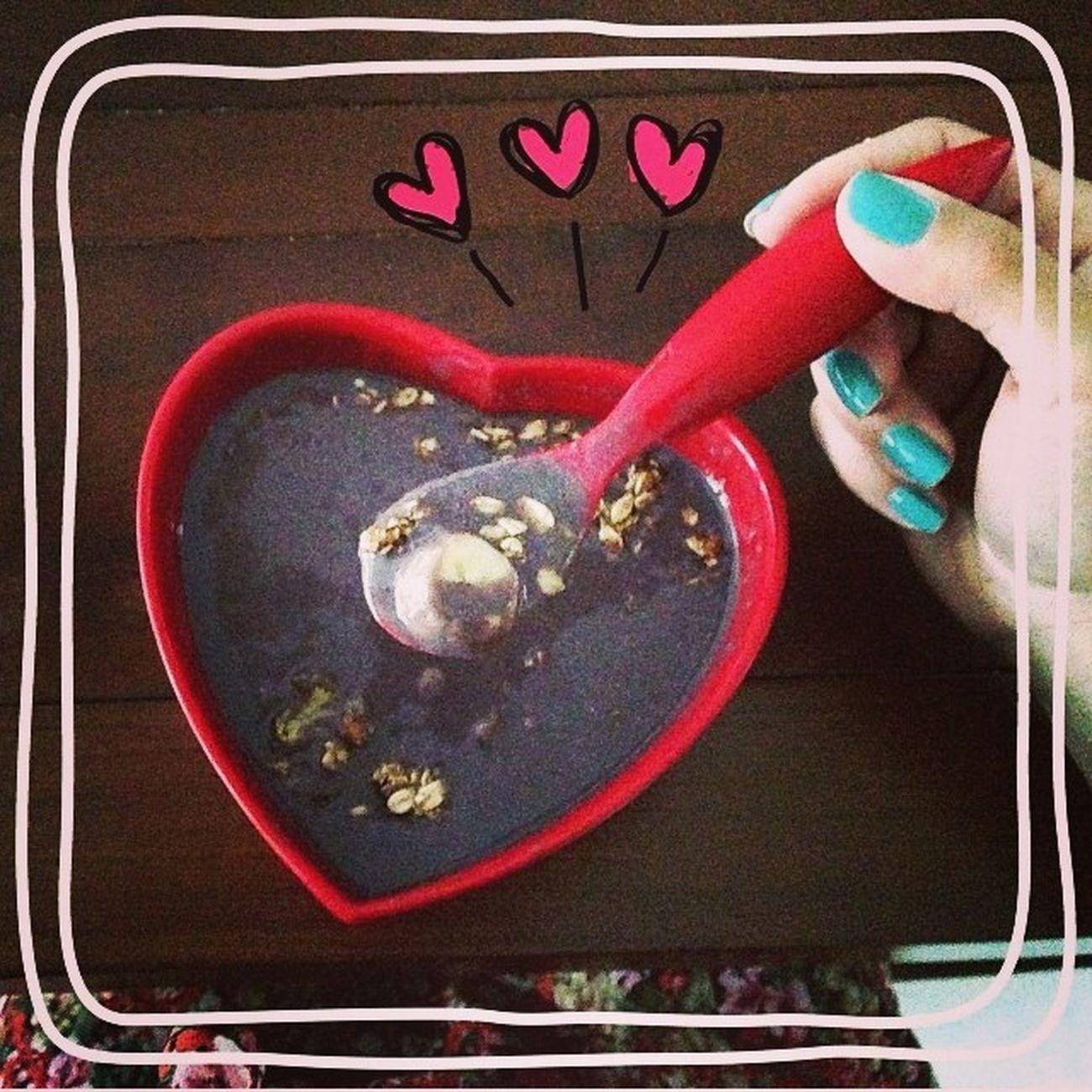 Vamos começar o dia assim açair+banana+granola=café manha reforçado !!! Com esse calor então perfeito ??❤️? Bomdia AçairDeBanana Rio40 VamosComeçarODiaBem ??
