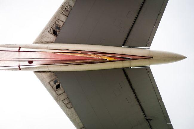 Under The aeroplane. Flugzeug Aeroplane Heck Brandenburg DDR