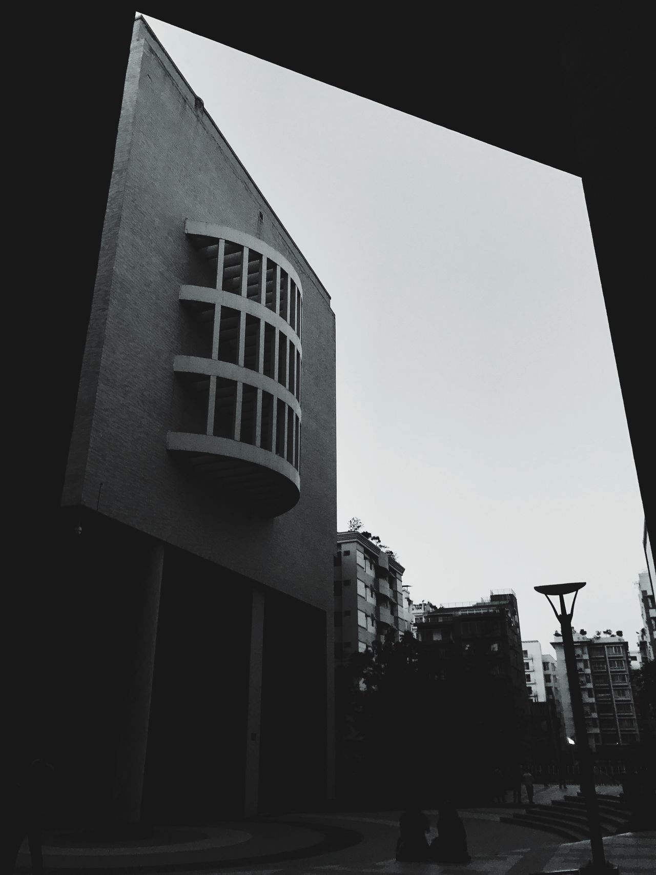 Built Structure Architecture Building Exterior Low Angle View Day Outdoors City Real People Clear Sky Sky Northsouthuniversity Nsu Dhaka Bangladesh 🇧🇩 Shotoniphone7plus Photooftheday Mobilephotography University The Great Outdoors - 2017 EyeEm Awards The Architect - 2017 EyeEm Awards
