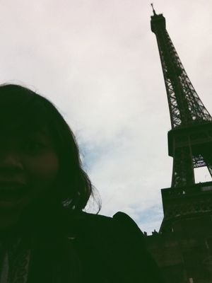 Sightseeing at Tour Eiffel by Nabilah Samad