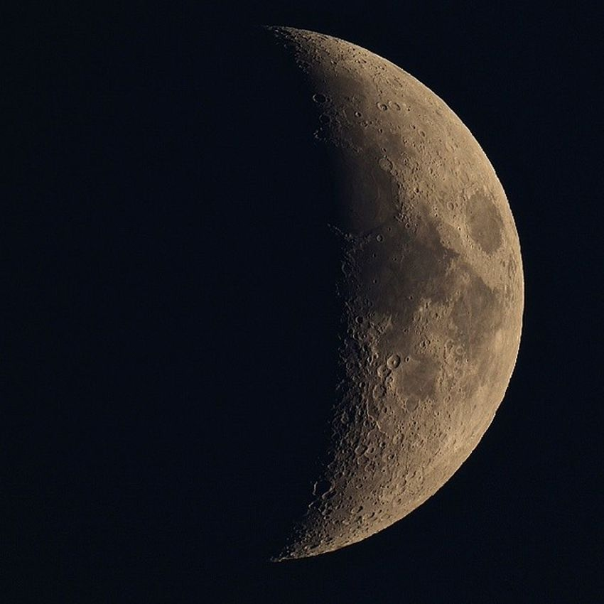Tonight's waxing crescent moon Astrophotography Astronomy Universe Moon Moonphotography Moon_of_the_day Moon_awards Lunar Science Space Skywatcher Skyatnight Canon Canon1100d Maksutov Chippenham Wiltshire Telescope