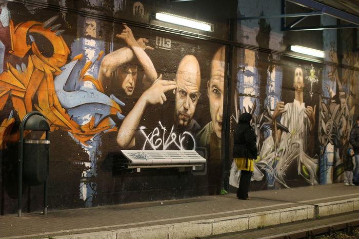 Brussels Gaffiti Human Body Part Human Representation Men Metro Station People Sculpture