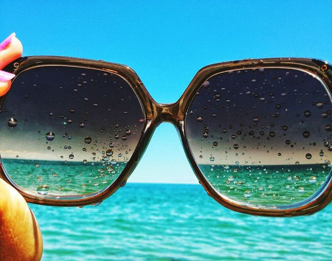 Through my sunglasses... Throughmyeyes Taking Photos Taking Pictures Enjoying Life Sunglasses Through My Sunglasses Through My Eyes Beauty Is In The Eye Of The Beholder Beach Photography Beachphotography Beach Time Onvacation Vacation Time Summer Vibes Summer Summer Time  Feel The Summer Summer Views Do What You Love Enjoying The View Seaside Sea And Sky Summer Blue Enjoy Little Moments Enjoy Little Things
